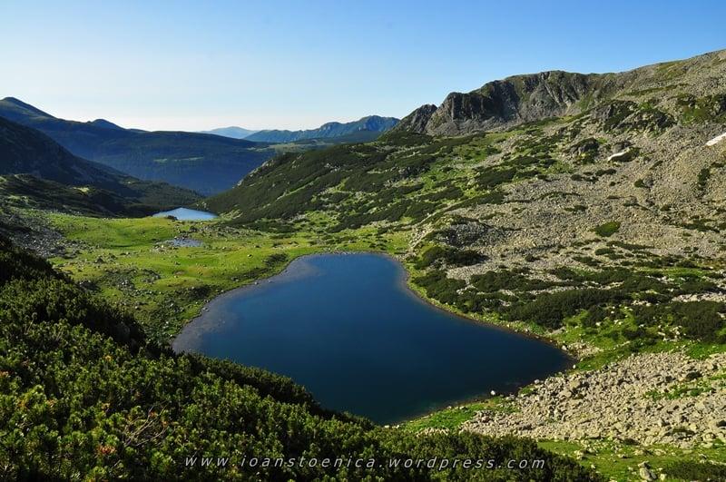 Lacul Ana Munții Retezat